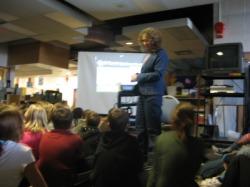 Linda Aksomitis presenting at Greentree Elementary School