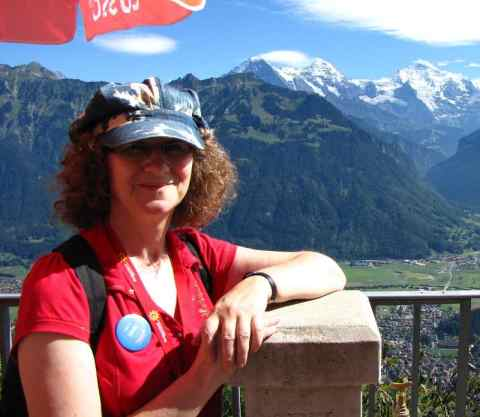 Linda Aksomitis in Switzerland